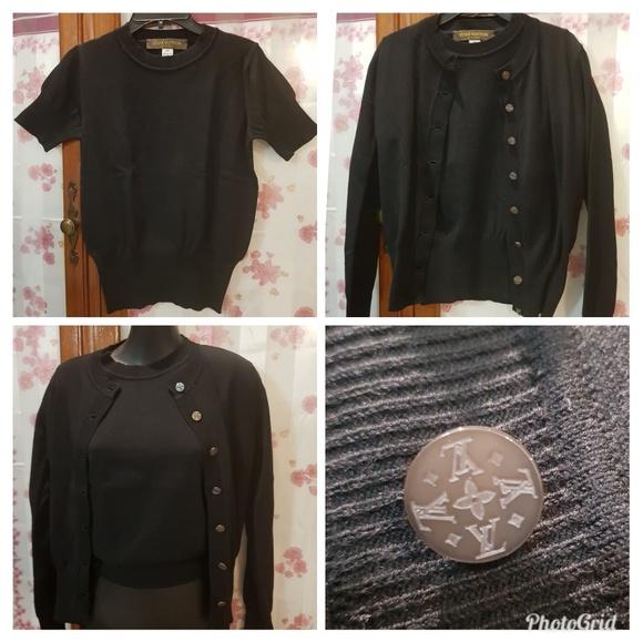 4e7f981182e Louis Vuitton Sweaters - LOUIS VUITTON S S Sweater   Cardigan LV Buttons